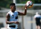 Diogo Vitor quebra silêncio, promete se tratar e ouve conselhos de Casão - Ivan Storti/SantosFC