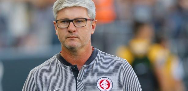Técnico Odair Hellmann está prestes a renovar seu contrato com o Inter por duas temporadas - Daniel Vorley/AGIF