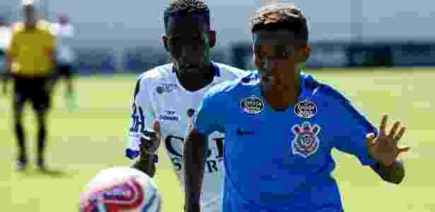 Pedrinho foi um dos melhores do Corinthians, que esteve em baixo ritmo no jogo-treino - LUIS MOURA/WPP/ESTADÃO CONTEÚDO
