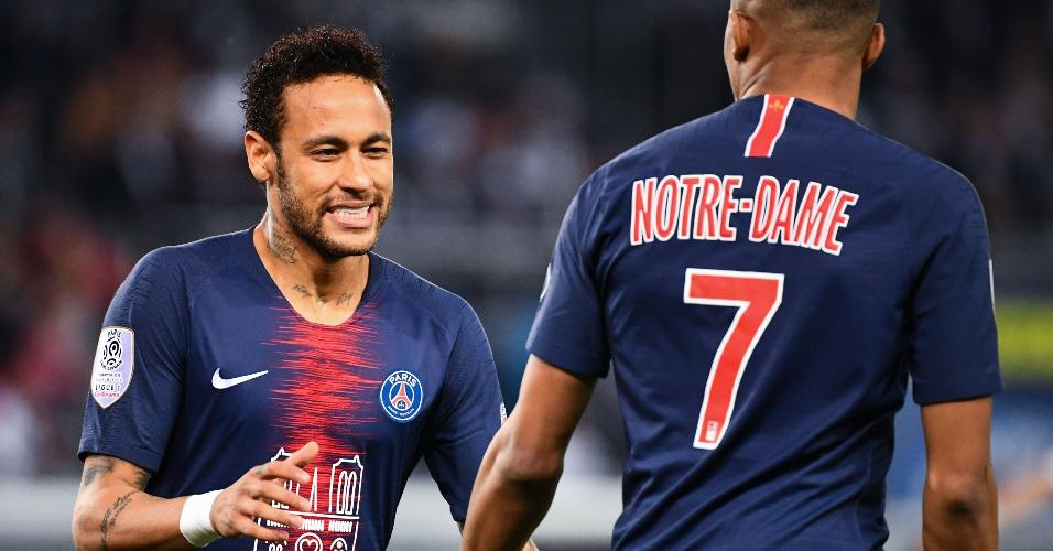 Neymar retorna de lesão na partida entre PSG e Monaco