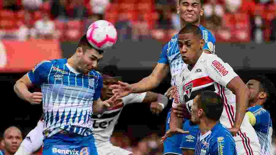 Avaí volta a campo para encarar o Fluminense, na Ressacada - Marcello Zambrana/AGIF