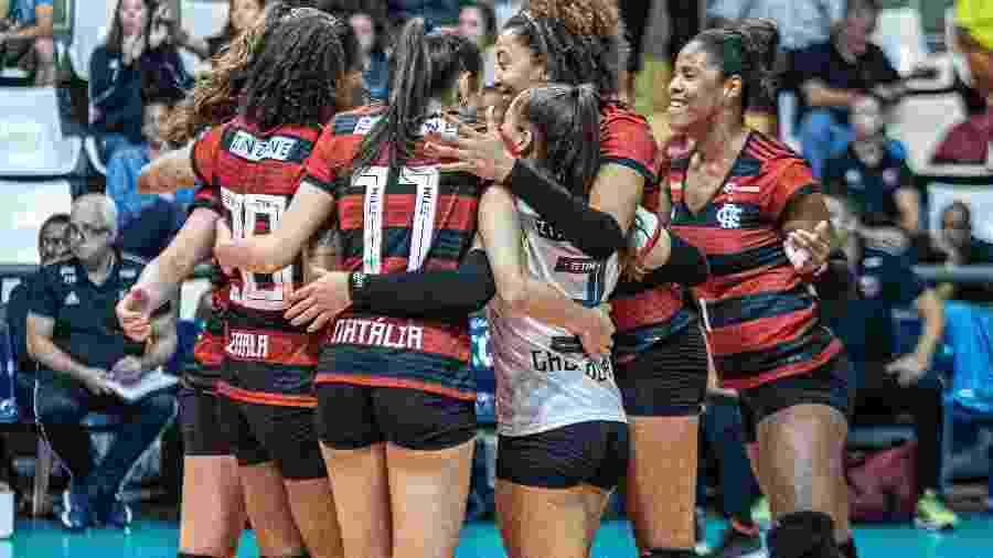 Time de vôlei do Flamengo - Divulgação/Flamengo