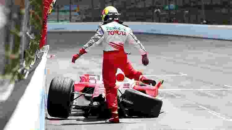 Ralf Schumacher acidente 2005 - Arquivo - Arquivo