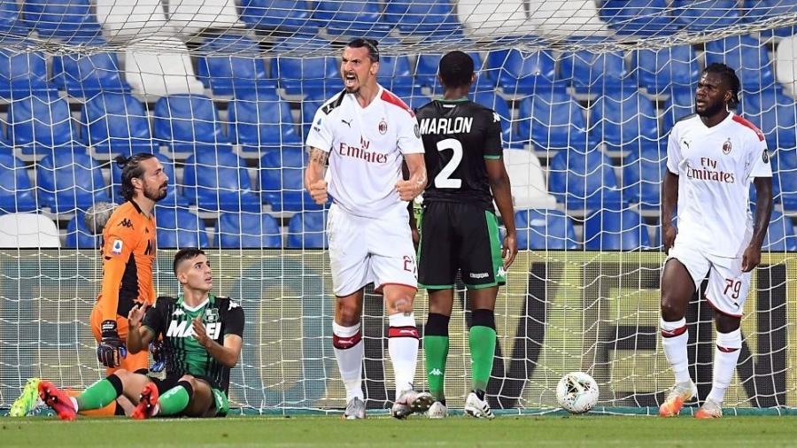 Ibrahimovic durante partida do Milan contra o Sassuolo - Alessandro Sabattini/Getty Images