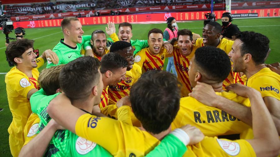Jogadores do Barcelona comemoram título da Copa do Rei - RFEF/RFEF/Handout via REUTERS
