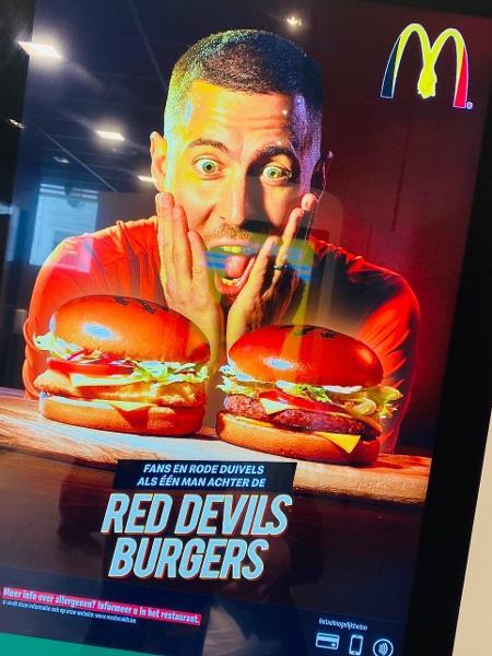 "Hazard virou garoto propaganda do McDonald""s - Reprodução"
