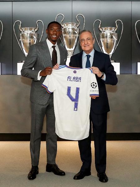 Alaba sendo apresentado no Real Madrid - Real Madrid
