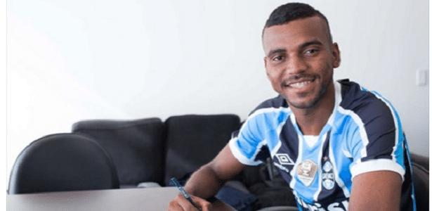 Lateral direito Leonardo Gomes é predileto para vaga de Arthur no Mundial de Clubes