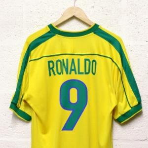 ffa699b023 Fotos  Maior acervo de futebol do mundo conta com mais de 1 milhão ...