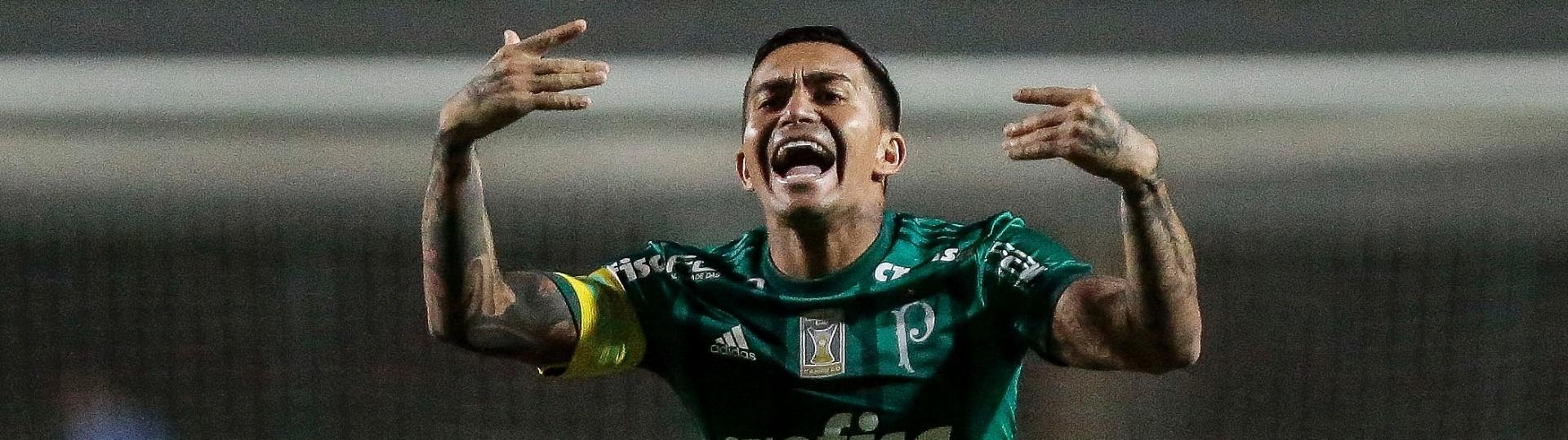 Dudu gesticula durante a partida entre Palmeiras e Ponte Preta
