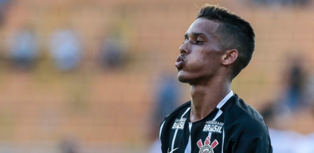 Pedrinho, do Corinthians, fechou acordo para gravar comercial de televisão