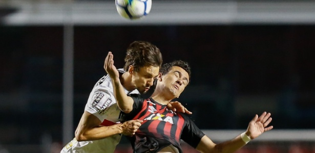 Atlético-PR precisa vencer no Morumbi para evitar recorde negativo do clube no Brasileirão