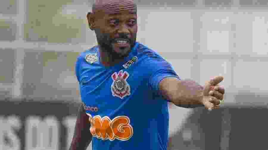 Vagner Love realiza terceiro jogo desde o seu retorno e não repetiu posição em campo - Daniel Augusto Jr/Ag. Corinthians