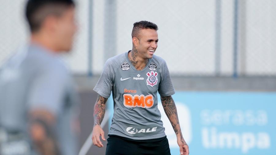 Luan em ação em treino do Corinthians: atacante pode ganhar chance no comando do ataque - Rodrigo Coca/Agência Corinthians