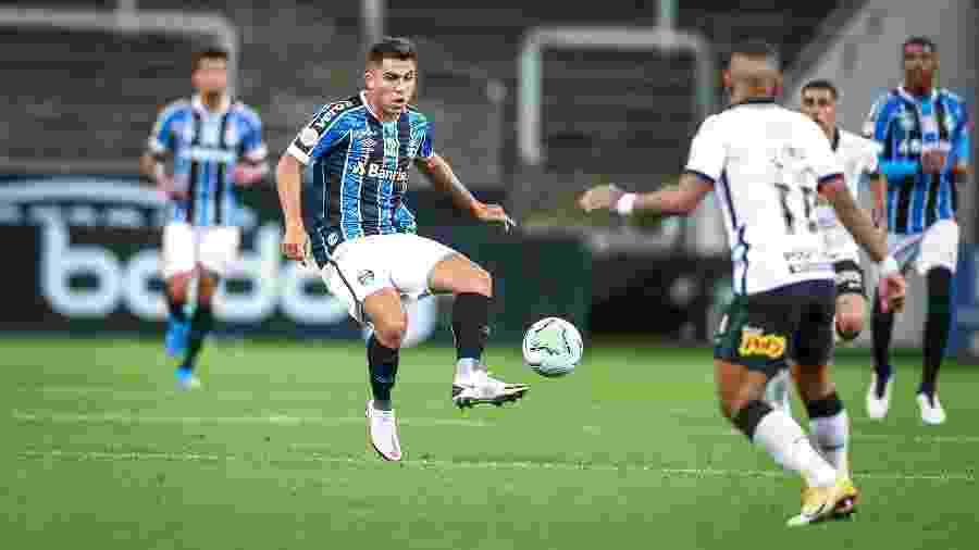 César Pinares deve receber mais chances no Grêmio como alternativa ao time titular - Lucas Uebel/Grêmio