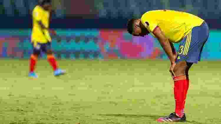 Mina marcou o gol contra que resultou na derrota da Colômbia para o Peru na Copa América - Heber Gomes/AGIF - Heber Gomes/AGIF