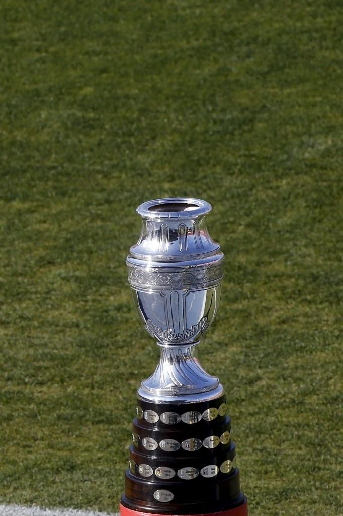 Troféu da Copa América já está em campo