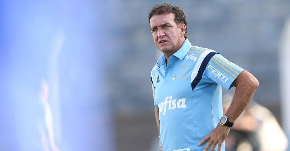 Cuca durante a partida entre Palmeiras e Água Santa, em Presidente Prudente