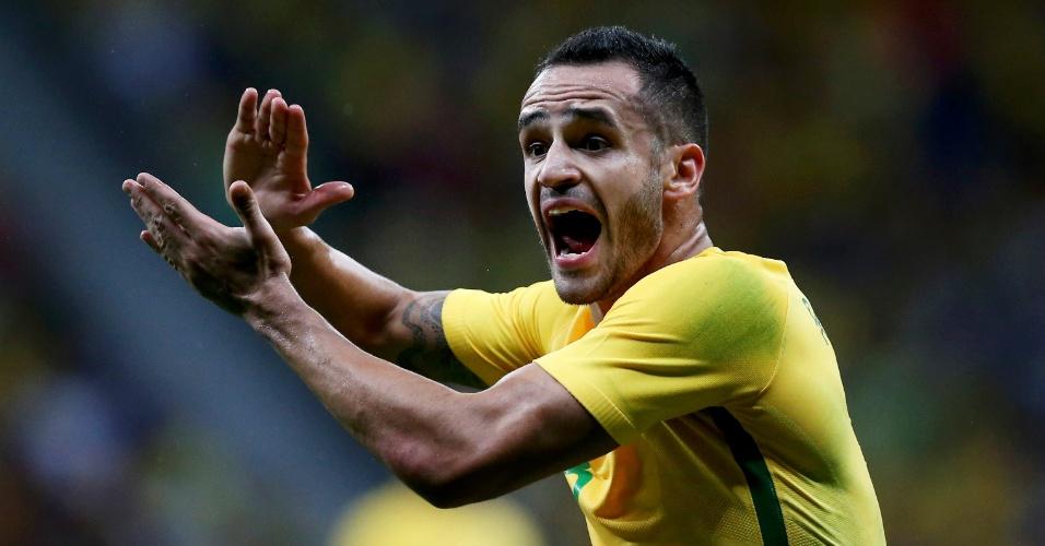 Seleção brasileira não consegue marcar contra o Iraque, Renato Augusto tenta motivar equipe