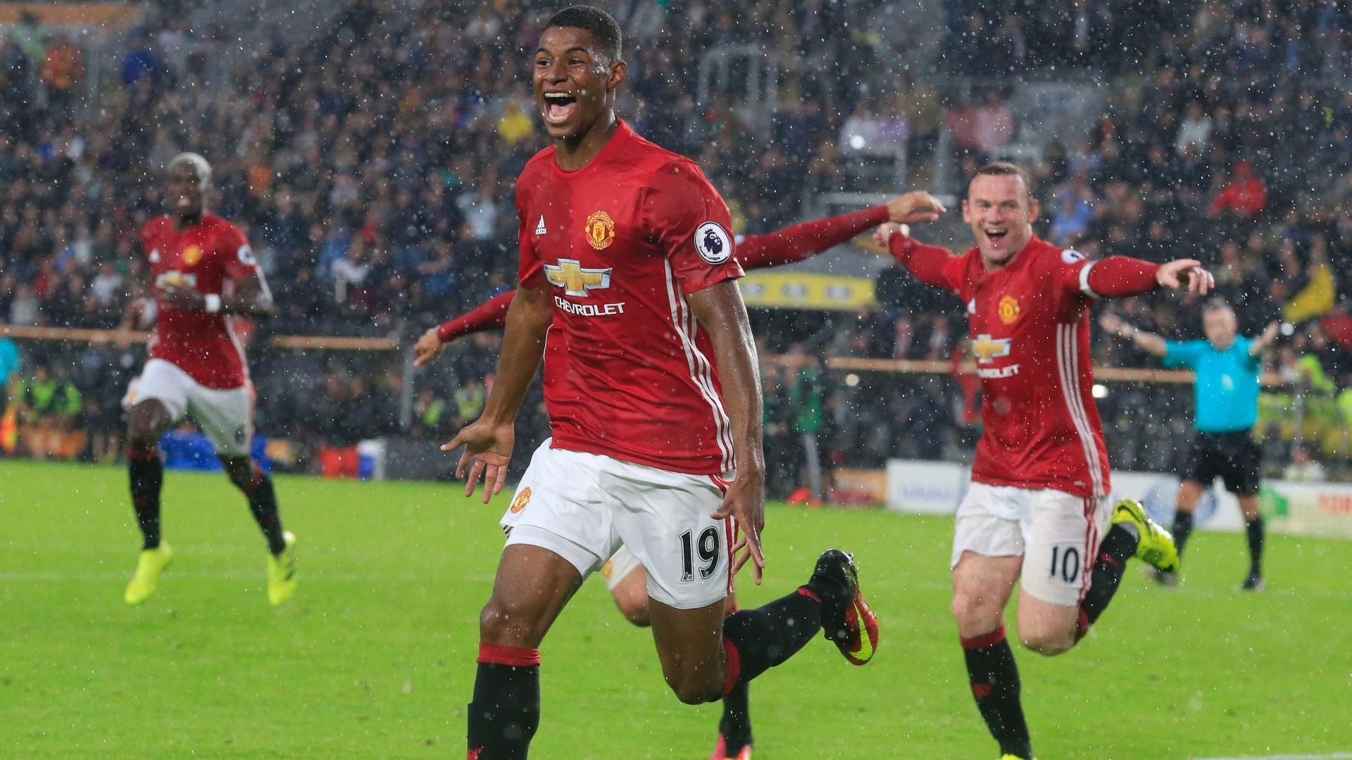 Rashford comemora após marcar para o United