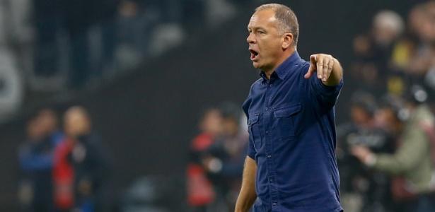 Raposa reagiu no Brasileirão após o retorno do técnico Mano Menezes