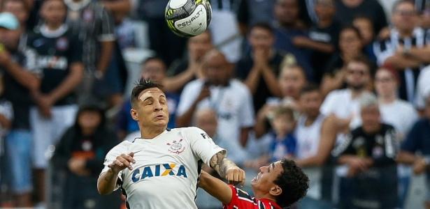 Caixa pode deixar o Corinthians por fim de contrato