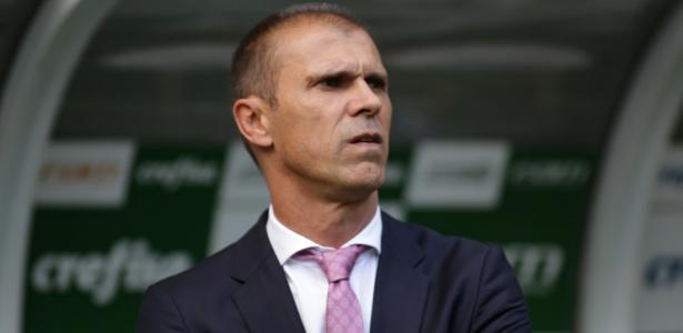 """técnico Milton Mendes, do Vasco, é o único do Brasil com o curso """"Uefa Pro"""""""