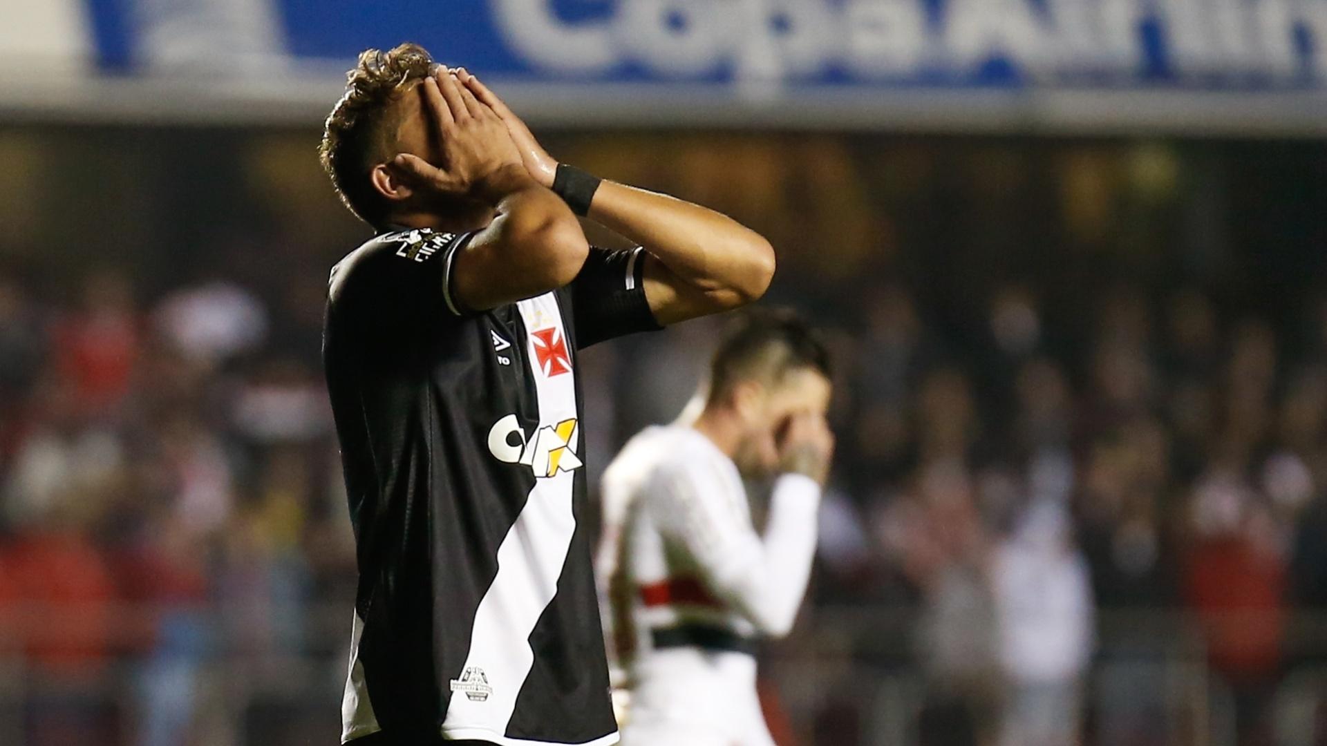 Jean, do Vasco, lamenta oportunidade desperdiçada contra o São Paulo