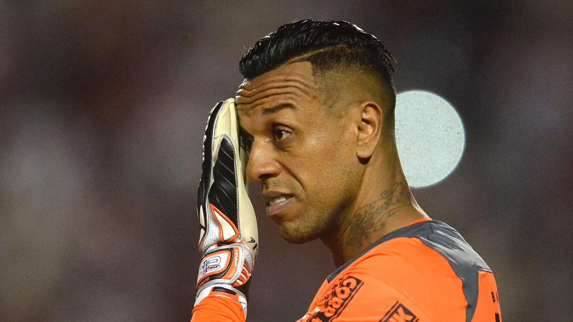 Sidão lamenta gol sofrido pelo São Paulo contra o Atlético-PR