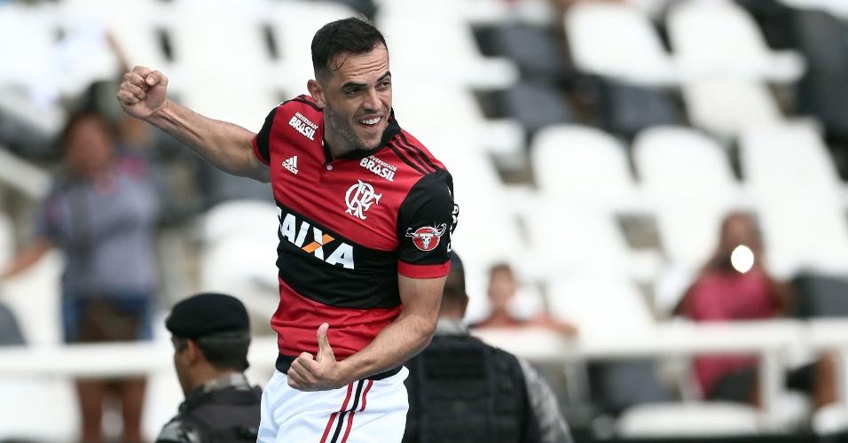 Rhodolfo comemora gol do Flamengo sobre o Botafogo