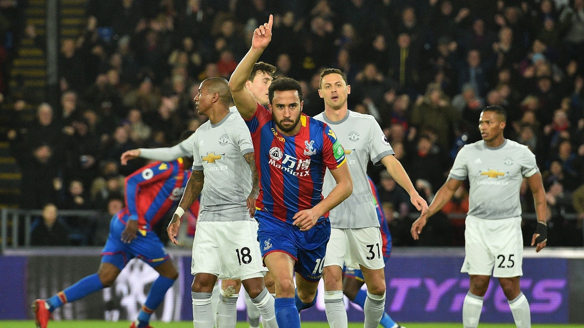 Townsend comemora gol do Crystal Palace sobre o Manchester United