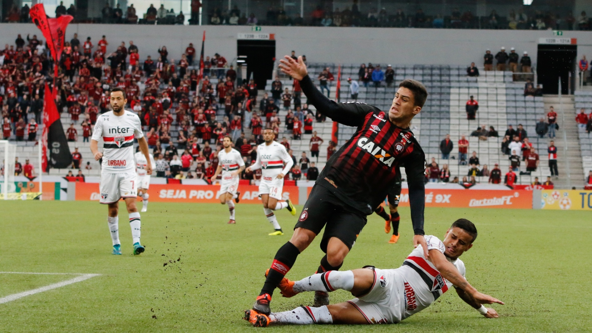 Atlético-PR e São Paulo se enfrentam na Arena da Baixada pelo Campeonato Brasileiro 2018