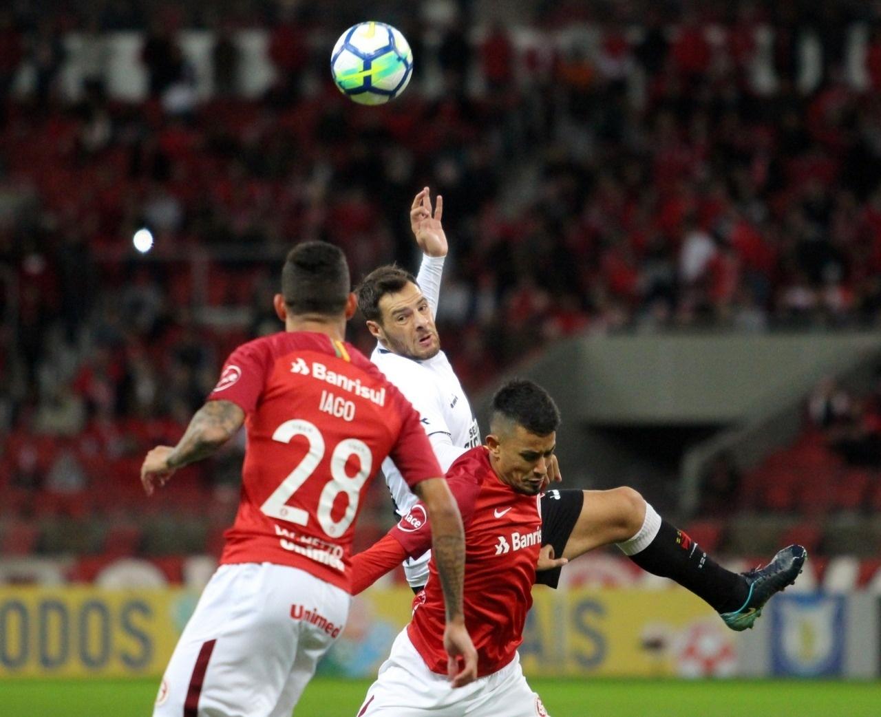 8466554406 Ramon comemora pausa da Copa para assimilar estilo de Jorginho no Vasco -  13 06 2018 - UOL Esporte