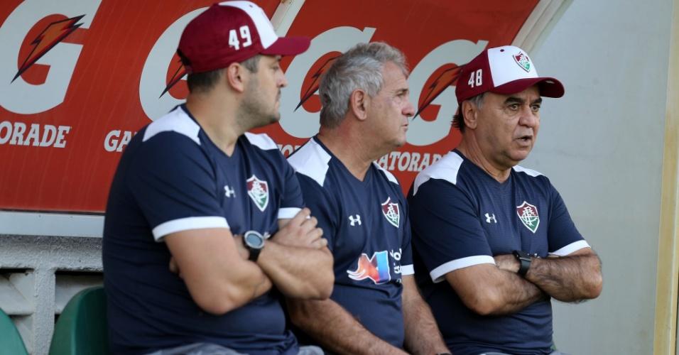 Marcelo Oliveira e integrantes da comissão técnica do Fluminense