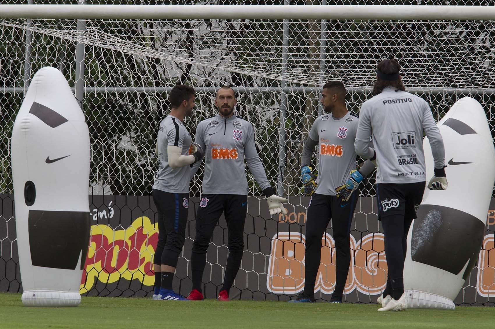 efa1cc81bee4b Corinthians  Goleiro abre conversas para deixar o clube no final do ano