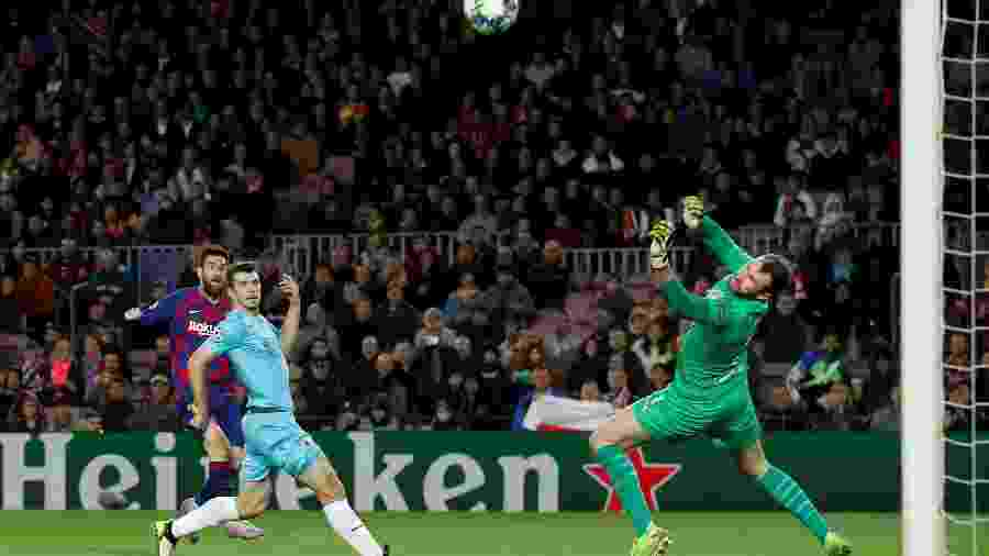 """""""Messi e outros nem sequer nos deram a mão"""", disse Ondrej Kolar, que recebeu elogios de Marc-André Ter Stegen - Albert Gea/Reuters"""