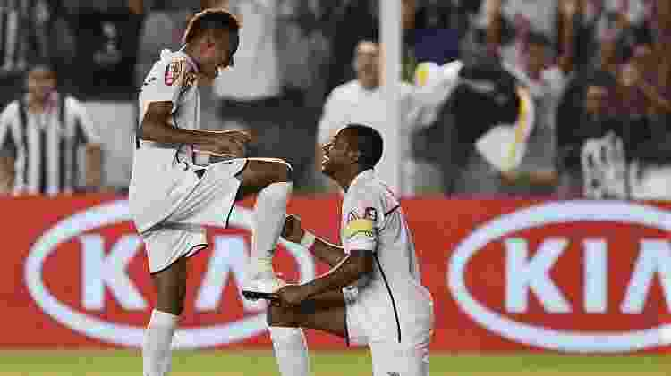 Neymar e Robinho - Divulgação/Santos FC - Divulgação/Santos FC