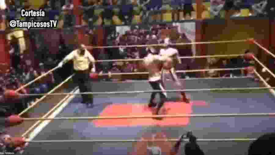 Lutador de luta livre morre durante evento - Reprodução