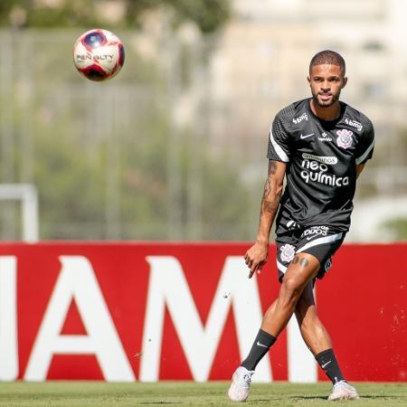 Vitinho, de 21 anos, foi titular no último jogo contra o Guarani - Rodrigo Coca/ Ag. Corinthians