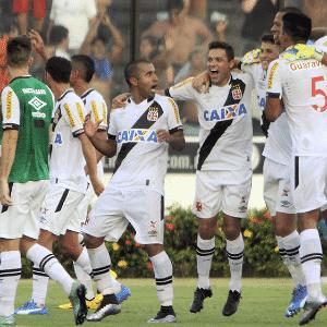 Vasco comemora vitória sobre o Flamengo pelo Carioca - Paulo Fernandes/Vasco.com.br