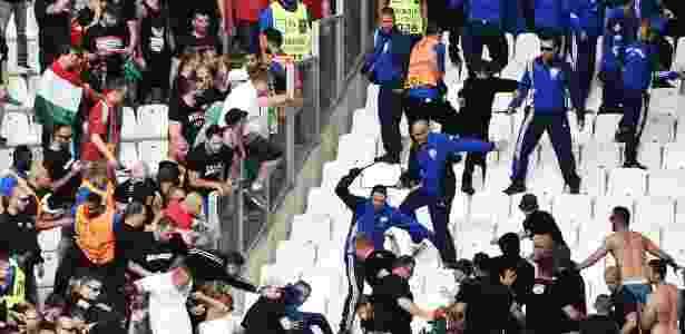 Briga Hungria x Islândia - AFP PHOTO / BERTRAND LANGLOIS - AFP PHOTO / BERTRAND LANGLOIS