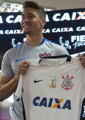 Jean se apresenta no Corinthians - Divulgação/Twitter