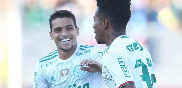Tchê Tchê espera comemorar mais gols nesta temporada