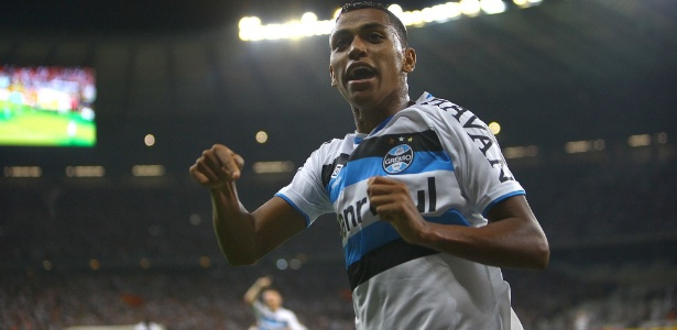 Pedro Rocha renovou seu vínculo com o Grêmio e evitou ser afastado do time