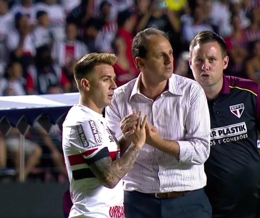 Buffarini   Dizer na Argentina que Ceni é meu técnico é um orgulho  -  11 03 2017 - UOL Esporte f1ffeb6a3ad46