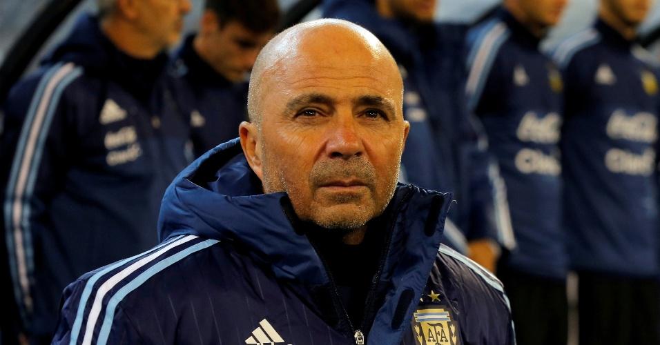 Jorge Sampaoli em sua estreia pela seleção argentina contra o Brasil