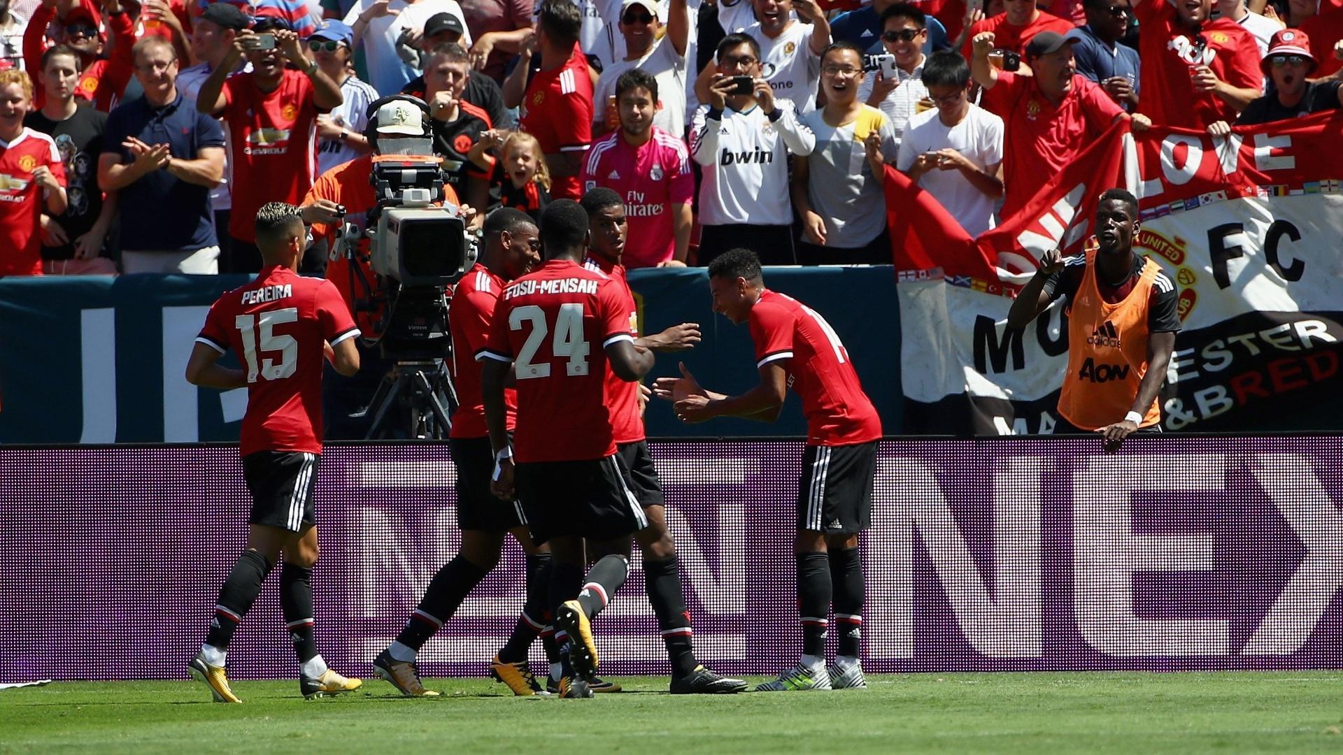 Lingard abriu o placar para o Manchester United após ótima jogada de Martial