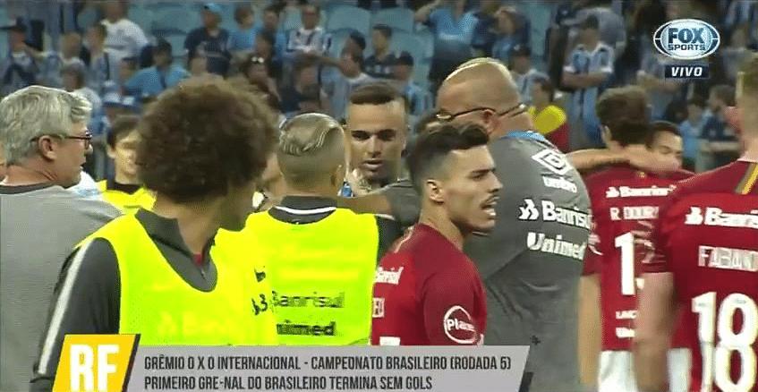 D'Alessandro agride Luan ao final do duelo entre Grêmio e Internacional