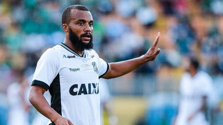 Samuel Xavier, lateral do Ceará - Ale Cabral/AGIF