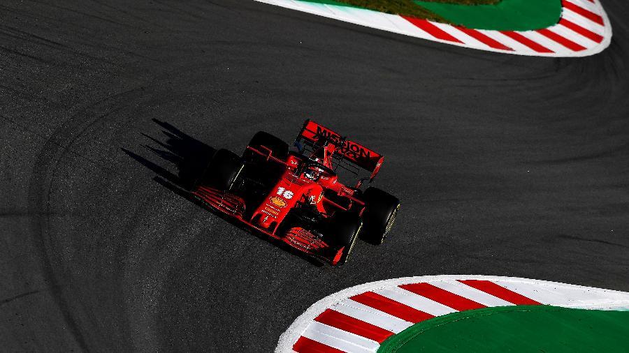 Charles Leclerc, da Ferrari, durante os testes da pré-temporada da F-1 - Ferrari